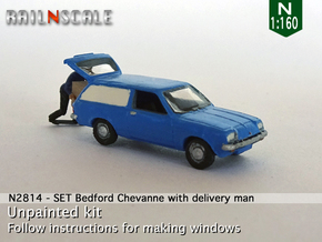 SET Bedford Chevanne with delivery man (N 1:160) in Smooth Fine Detail Plastic