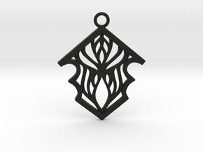 Earleen pendant in Black Natural Versatile Plastic: Medium