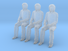 Pilot 01 seated pose .1:72 Scale in Smooth Fine Detail Plastic