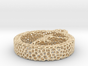 726yoga3 voronoi in 14k Gold Plated Brass