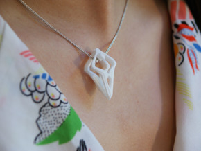 HEART TO HEART Heartronic, Pendant in White Strong & Flexible