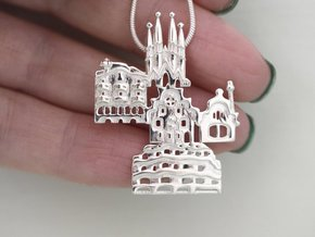 Barcelona Pendant in Polished Silver