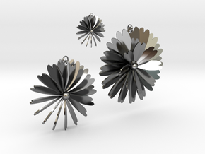 Flowers in Fine Detail Polished Silver