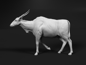 Common Eland 1:9 Walking Female in White Natural Versatile Plastic