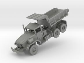 M817 Dump Truck in Gray PA12: 1:144