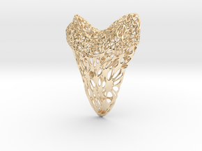 Shark Tooth Voronoi Pendant in 14k Gold Plated Brass