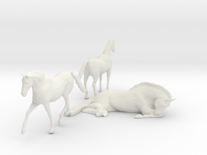 O Scale Horses 3 in White Natural Versatile Plastic