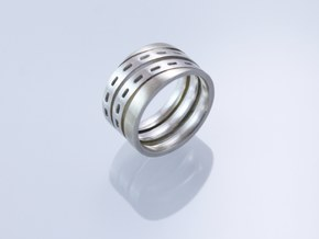 Torquere Ring in Polished Silver: 8.5 / 58