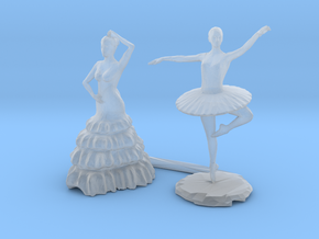 S Scale Dancers in Smooth Fine Detail Plastic