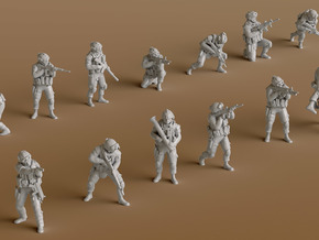 1:200 Soldiers Combat 1 Group 1 - 13 in Smooth Fine Detail Plastic