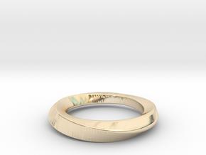 3/4 Mobius Ring (Inside diameter 16.6 mm) in 14K Yellow Gold