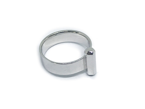 Single Rod Ring in Polished Silver: 7 / 54