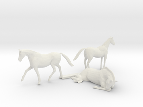 HO Scale Horses 3 in White Natural Versatile Plastic