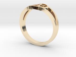 Pentagram Ring in 14K Yellow Gold