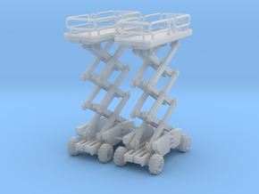 Two Scissor Lifts 285 scale in Smooth Fine Detail Plastic
