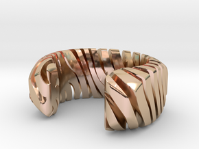PILLOW CARVED TIGER CUFF MEDIUM in 14k Rose Gold