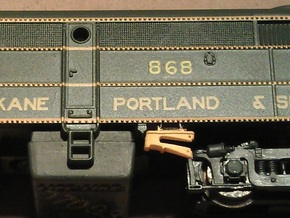 8 No. Re-Railers Type 1 Hanging N Scale 1:160 in Frosted Ultra Detail