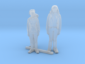 HO Scale Standing Women 6 in Smooth Fine Detail Plastic