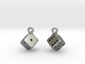 D6 Earrings in Natural Silver