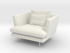 Miniature 1:24 Armchair in White Natural Versatile Plastic: 1:24