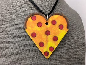 Pizza Heart in Natural Full Color Sandstone