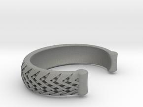Double Diamond stitch cuff medium in Gray PA12