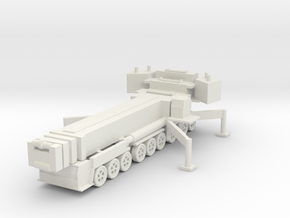 Liebherr LTM 1750-9.1 (deployed) 1/200 in White Natural Versatile Plastic