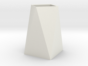 Low Poly Vase in White Natural Versatile Plastic