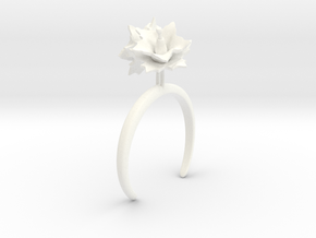 Potato bracelet with two large flowers L in White Processed Versatile Plastic: Medium