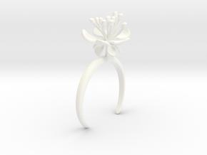 Raspberry bracelet with one large flower in White Processed Versatile Plastic: Medium