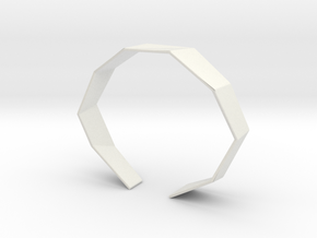 Faceted Bracelet Size M in White Natural Versatile Plastic