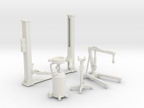 Garage Car Lift & Maintenance Equipments 1:87 1:64 in White Natural Versatile Plastic: 1:87 - HO