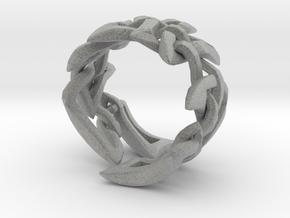 Celtic Weave 02 in Metallic Plastic