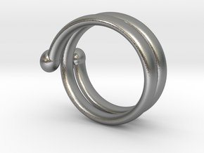 big hand ring 3 in Natural Silver