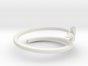 leaf ring 2 in White Natural Versatile Plastic