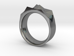 Triangulated Ring - 18mm in Fine Detail Polished Silver