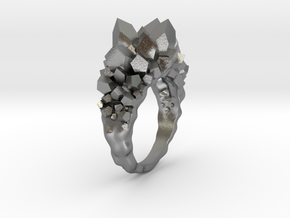 Crystal Ring size 6 in Natural Silver