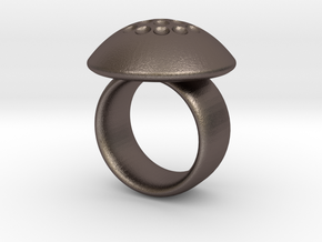 Magnetic Sculpture Ring Size 7 in Polished Bronzed Silver Steel