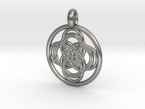 Thebe pendant in Natural Silver