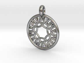 Herse pendant in Natural Silver