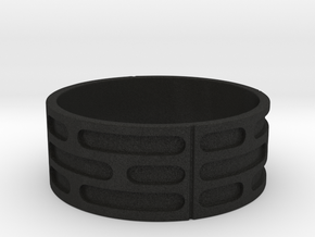 Imperial Wall Pattern Ring in Black Acrylic