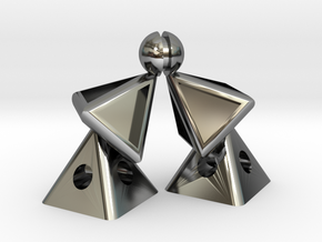 Pyramid Kiss mini in Fine Detail Polished Silver