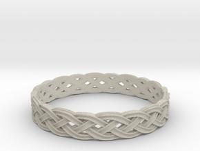 Hieno Delicate Celtic Knot Size 10 in Natural Sandstone