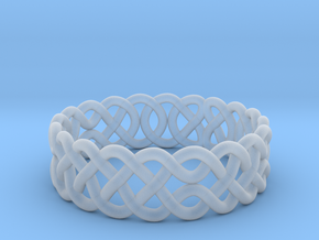 Celtic Ring - 17mm ⌀ in Smooth Fine Detail Plastic