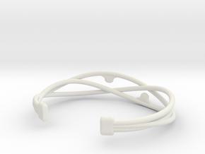 Pearl Bracelet in White Natural Versatile Plastic