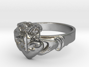 NOLA Claddagh, Ring Size 5 in Natural Silver