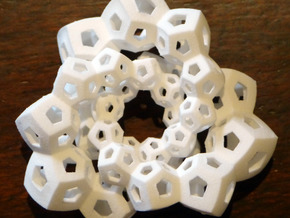 Dodecahedron Chains 2 in White Natural Versatile Plastic