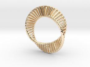 Marching Mobius Squares in 14K Yellow Gold