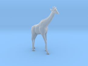 Giraffe 1:32 Standing Male in Smooth Fine Detail Plastic