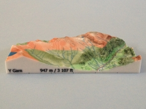 Y Garn - Relief in Full Color Sandstone